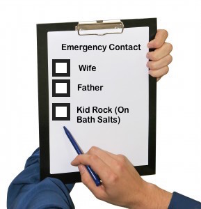 hand-holding-pen-and-clipboard-list-289x300