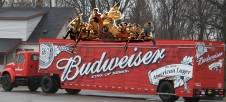 Budweiser_beverage_delivery_truck_Romulus_Michigan